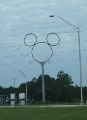 Mickey_Mouse_shaped_transmission_tower_Celebration_FL