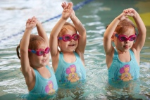 swimming_lessons_(7457239140)