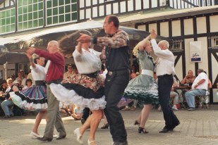 Square_Dance_Group