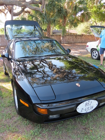 944 and trees